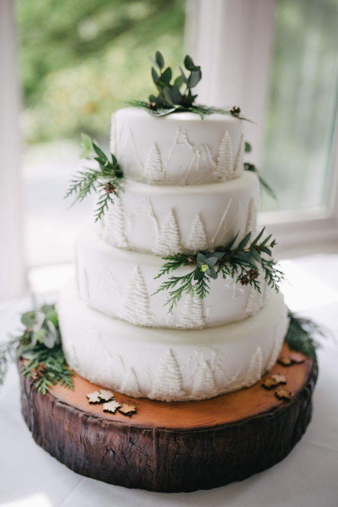Gâteau de mariage hiver
